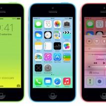 Apple ha pubblicato da poche ore sul suo canale YouTube ufficiale i primi spot pubblicitari dedicati all'iPhone 5S e all'iPhone 5C. Se con iPhone 5S Apple continua a puntare in alto rinnovando il proprio top di gamma con iPhone 5C […]
