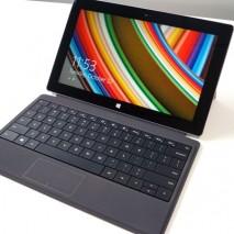 Microsoft ha presentato qualche giorno fa il Surface 2, la nuova versione del super tablet dell'azienda di Redmond. Il Surface 2 riprende le linee del suo predecessore e anche il suo scopo rimane invariato, collocarsi a metà fra tablet e […]