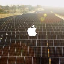 Apple ha pubblicato nelle scorse ore (in occasione dell'Earth Day 2014) uno spot che rientra nell'ultima campagna pubblicitaria dedicata allo stretto rapporto che c'è tra l'azienda di Cupertino e l'ambiente. Da molti anni Apple è una delle aziende informatiche più […]