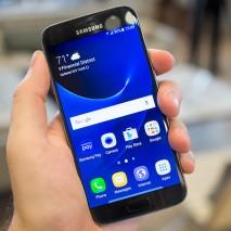 Pochi giorni fa, in apertura del Mobile World Congress 2016 di Barcellona,Samsungha presentato ufficialmente i suoi due nuovi smartphone top di gamma:Galaxy S7eGalaxy S7 Edge. Questi due dispositivi hannola maggior parte dellecaratteristiche tecnichein comune, ad eccezione delloschermo curvonelGalaxy S7 Edge […]