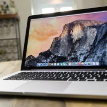 Sembra proprio che Apple abbia intenzione di lanciare la nuova generazione diMacBook Pro, i computer portatili professionali dell'azienda di Cupertino. Questa indiscrezione è stata rilasciatadal noto analistaMing-Chi Kuo dellaKGI Securities, ritenuto una delle fonti più affidabili del settore. I nuovi […]